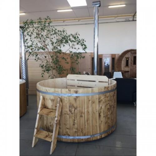 koupací sud Hot Tub WOOD je vhodný pro citlivou pokožku - do sudu se nepoužívá chemie pro úpravu vody