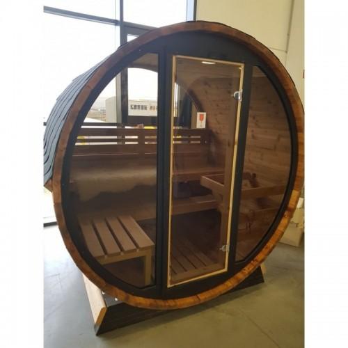 Sudová sauna160, prosklená s krásným výhledem do krajiny, který vás bude těšit při každém saunovém cyklu